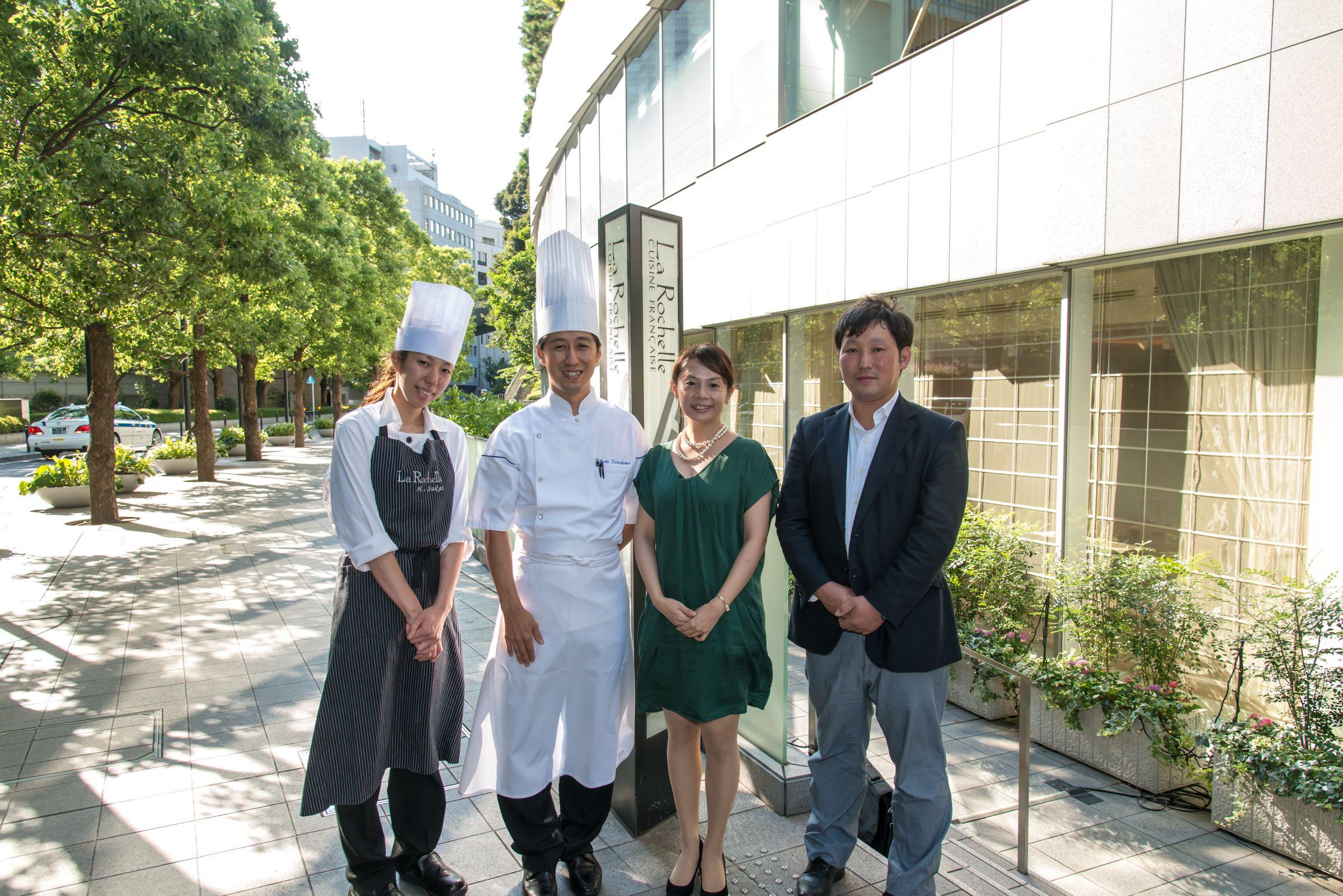川島料理長、有働シェフパティシェ、鵜藤野菜ソムリエと、弊園代表阿部